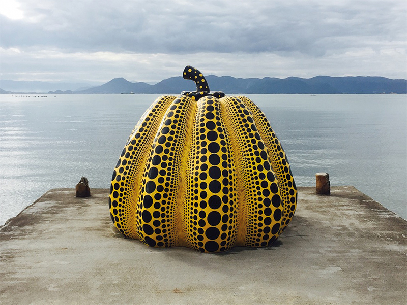 Kusama's 'Yellow Pumpkin', taken by Lucy Taylor.