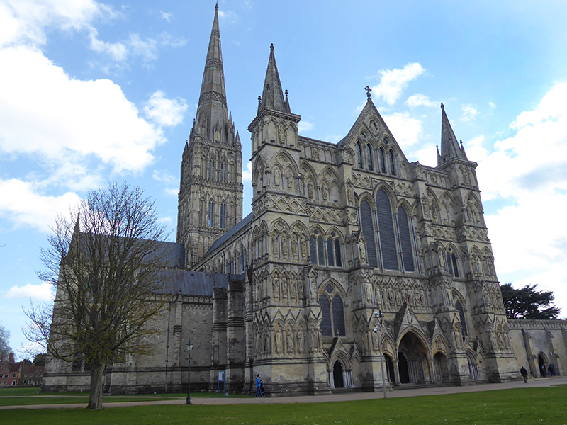 'Stone on Stone: The Men Who Built The Cathedrals' by MRT lecturer Imogen Corrigan